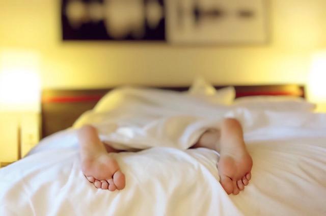 ダニの駆除でベッドや布団でのおすすめの方法!マットレスの場合は?